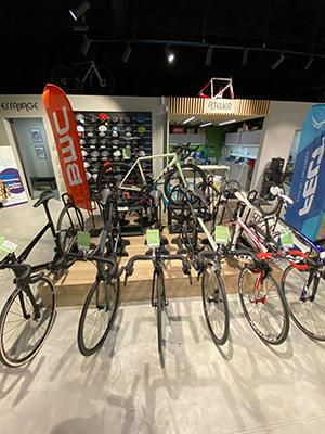 Atelier de réparation de vélos à Hazebrouck
